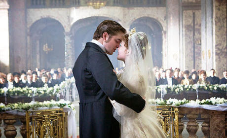New Bel Ami Photos: Robert Pattinson as a Player