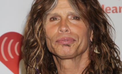 Steven Tyler to Testify in Support of Anti-Paparazzi Bill