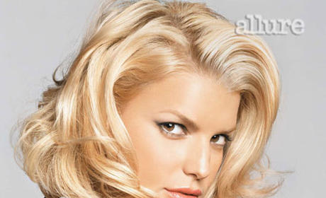 Celebrity Hairstyle Showdown: Carrie Underwood vs. Jessica Simpson