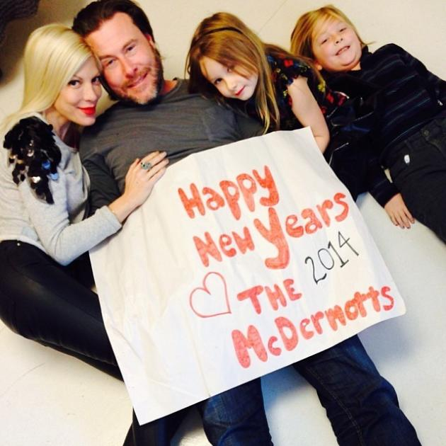 Tori Spelling and Dean McDermott New Year's Photo
