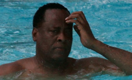 Dr. Conrad Murray Lawyers Seek Nancy Grace Ban, Possible Sequestration of Jury