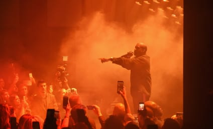 """Kanye West Cites """"Family Emergency,"""" Ends Concert Early"""