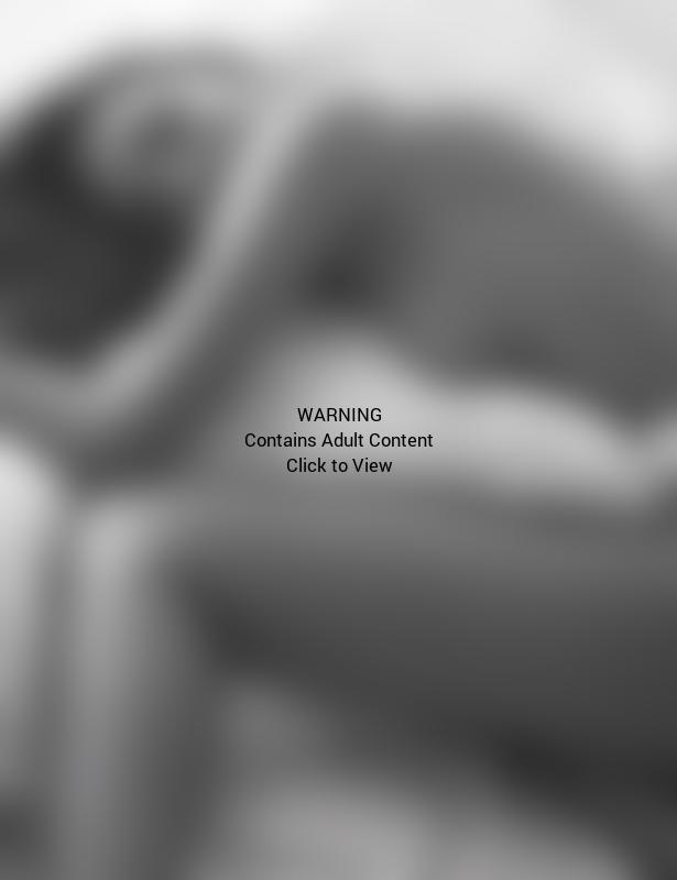 Miranda Kerr: Nude in W
