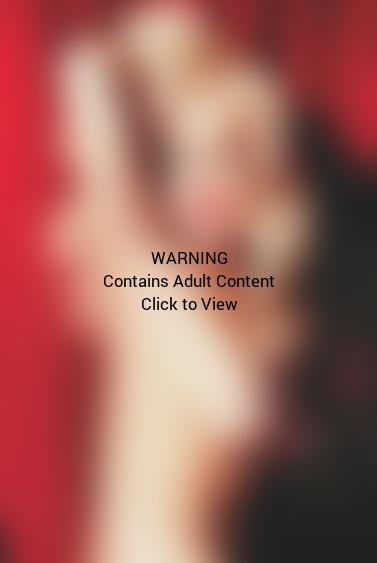 Lindsay Lohan Topless Playboy Pic