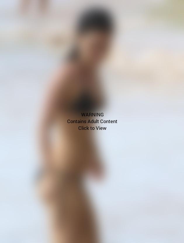 Rachel Bilson Bikini Pic