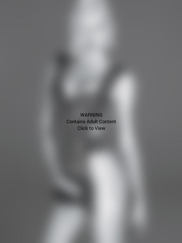 Miley Cyrus W Magazine Photo