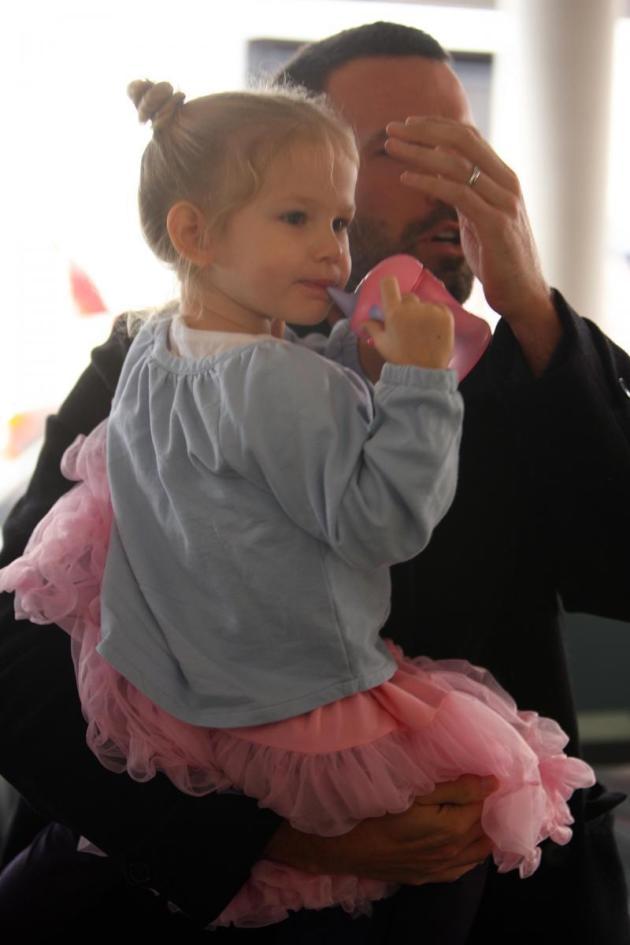 Violet Affleck with Dad, Ben