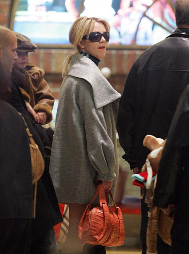 Britney Takes Kids Shopping