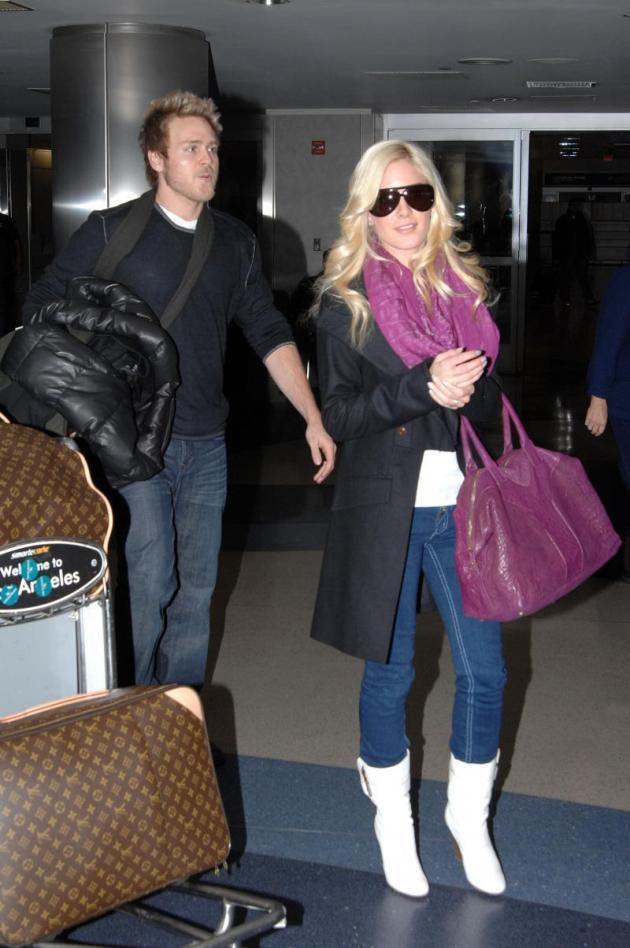 Heidi Montag Lugs Baggage