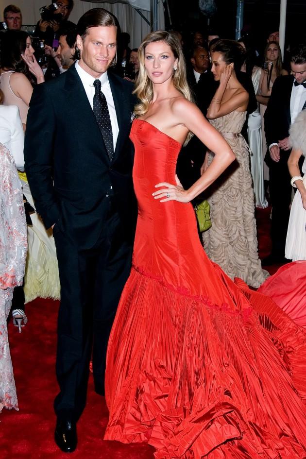 Tom Brady, Gisele Bundchen: Engaged!