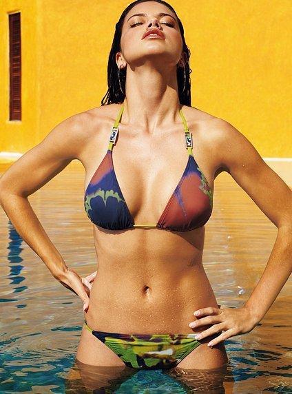 Adriana Lima Bikini Picture