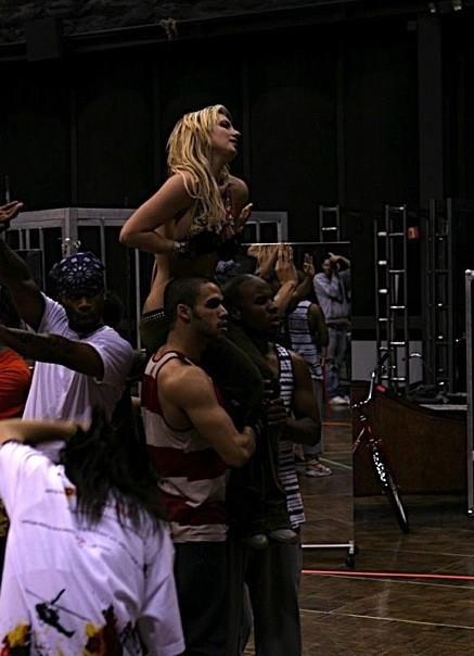 Britney: 2-on-1