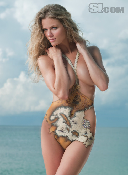 Nude Brooklyn Decker