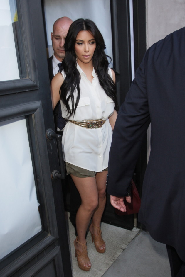 Kim Kardashian, Dress