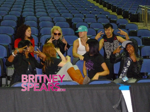 Backup Fancers For Britney Spears