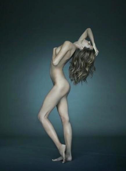 Miranda Kerr Nude Image