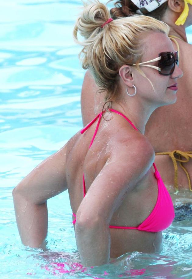 Britney Spears Side View