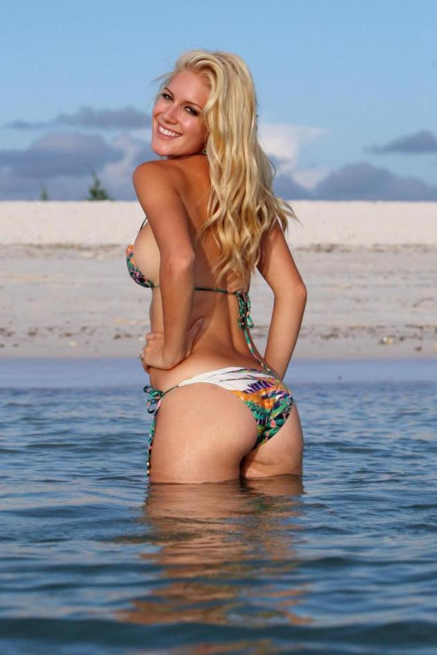 Heidi Montag Side Action