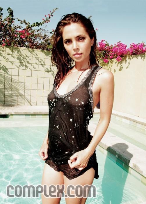Eliza Dushku Swimsuit Pic