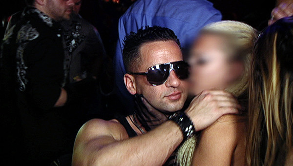 The Situation and a Transvestie