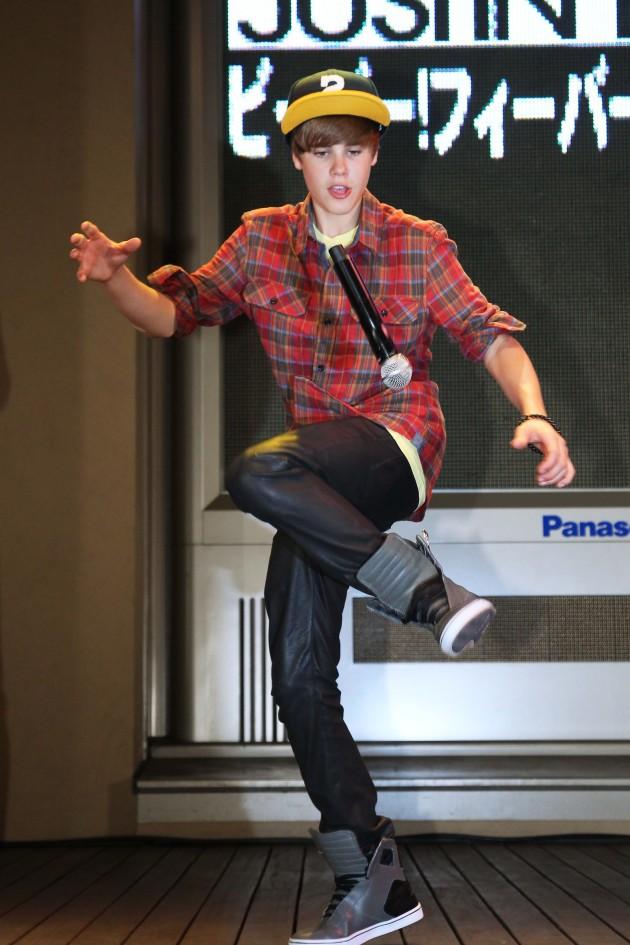 Mic Juggling