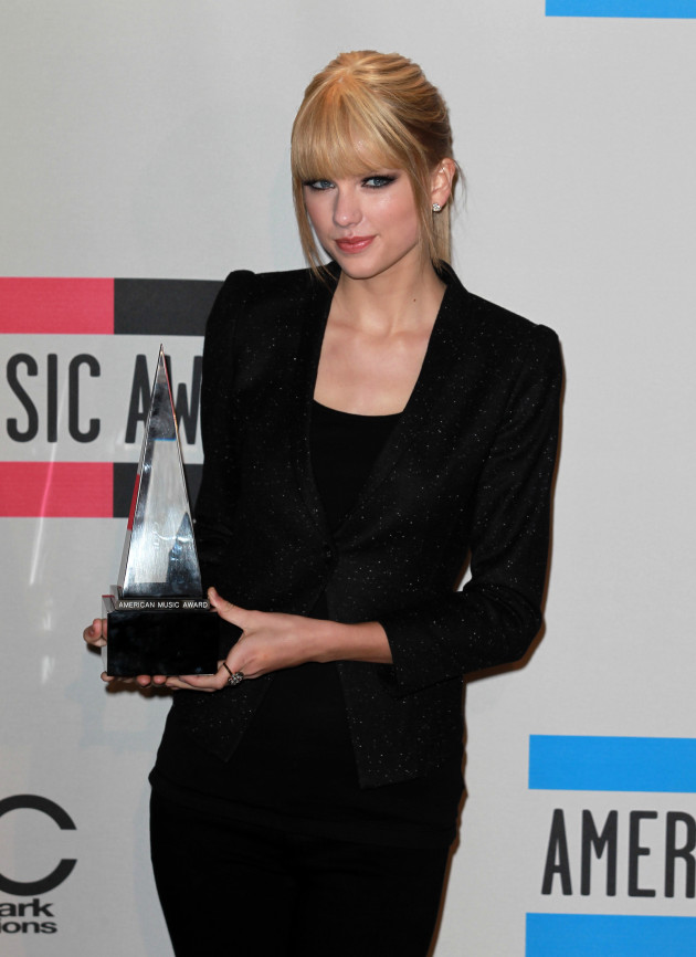 Female Country Artist Winner