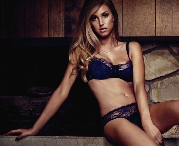 Hot Whitney Port Picture