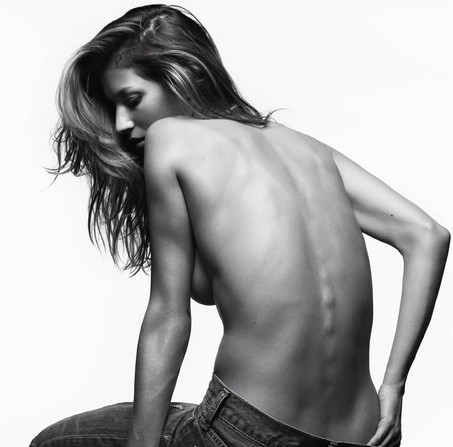Gisele Topless Picture