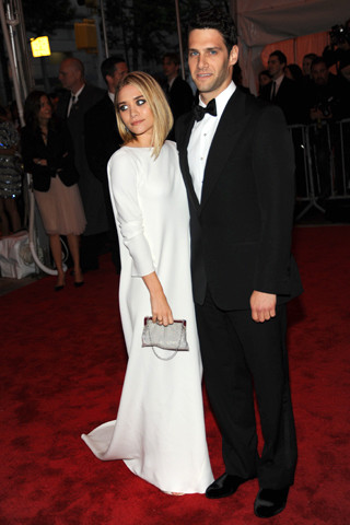Ashley Olsen and Justin Bartha Pic