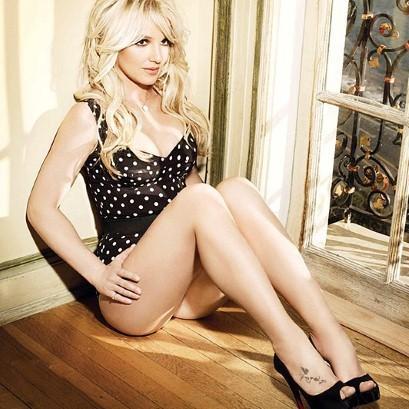 Britney For D&G