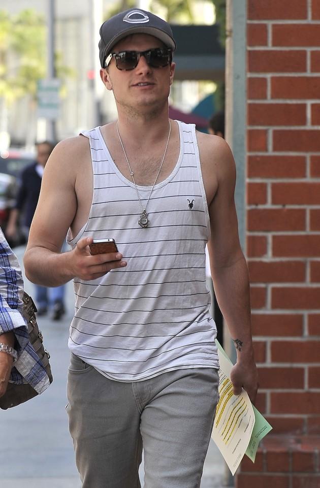 Josh Hutcherson Pic