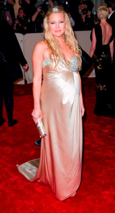 Pregnant Kate Hudson
