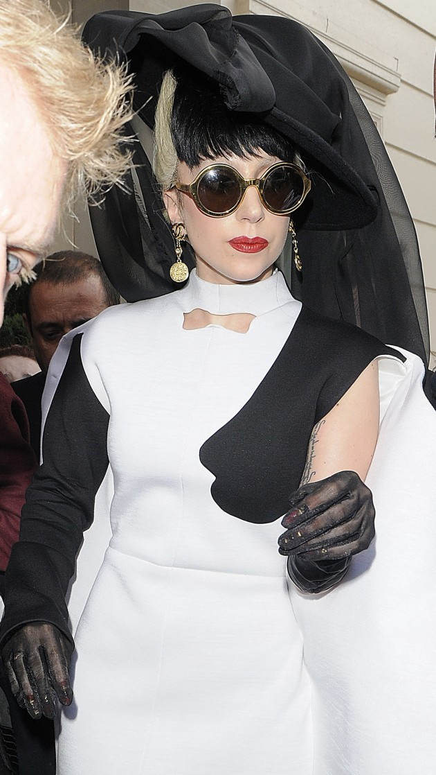 Lady Gaga: Nun