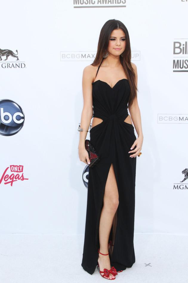 Selena Gomez Fashion Choice