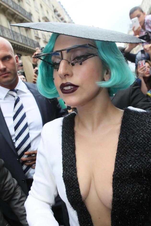 Lady Gaga Cleavage Pic