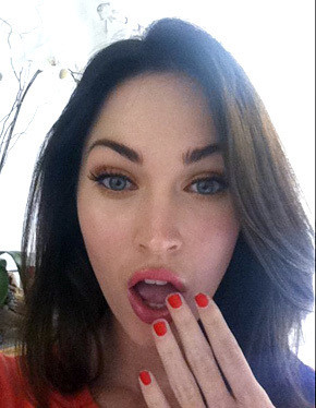 Megan Fox Facebook Pic