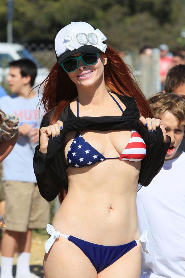 Phoebe Price Bikini Pic