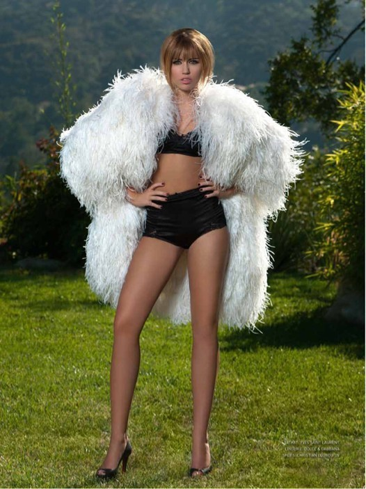 Miley Cyrus in Feathers