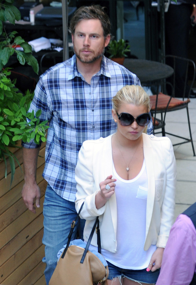 Eric Johnson and Jessica Simpson Picture