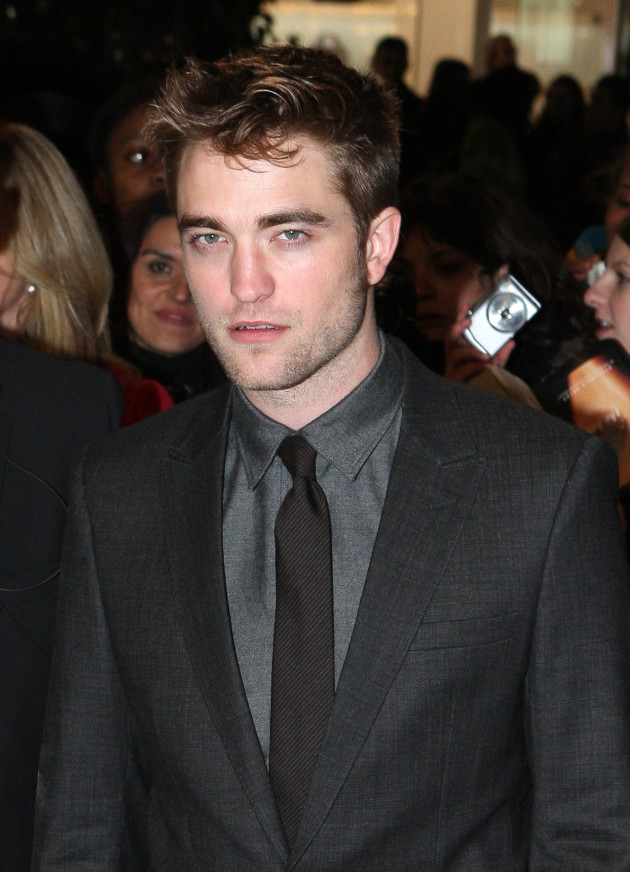 Robert Pattinson Premiere Picture