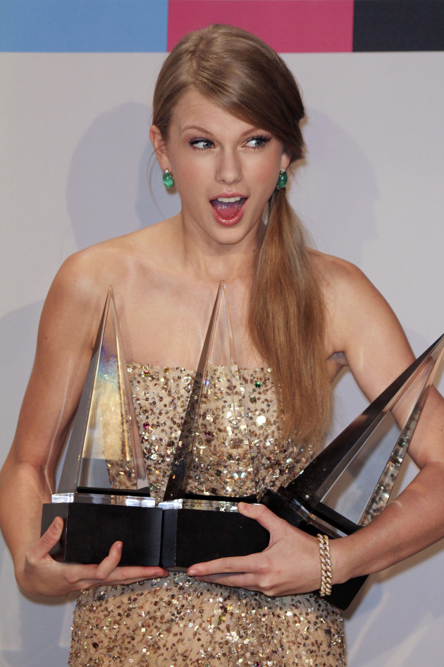 Taylor Swift at AMAs