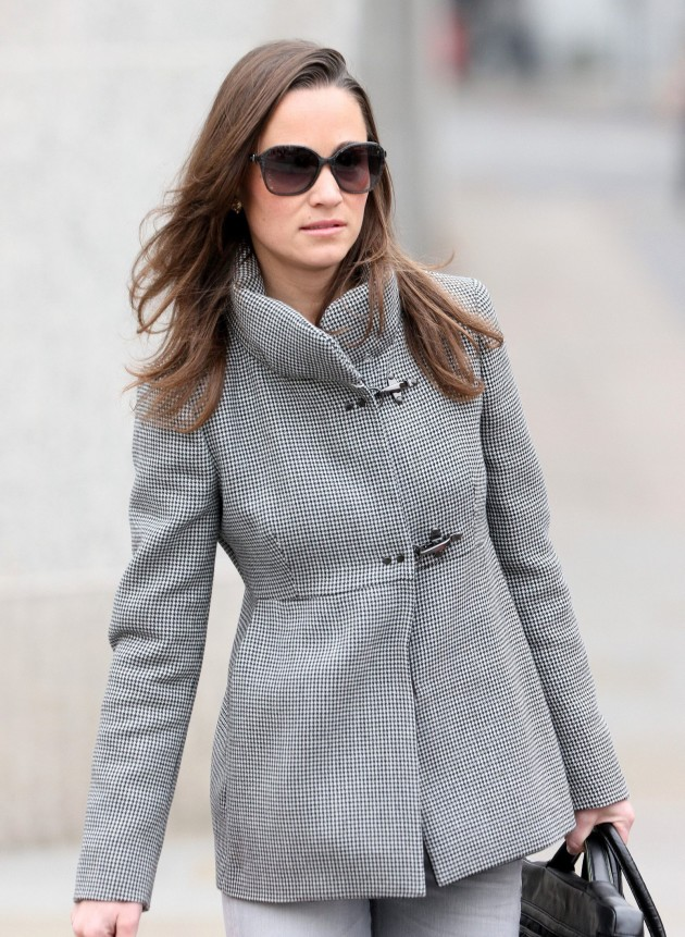 Pippa Middleton, Gray Coat