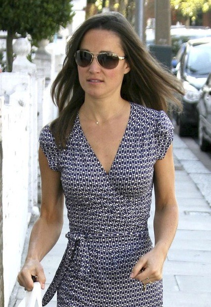 Pippa in Blue