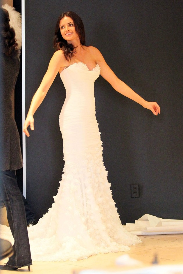 Courtney Robertson, Wedding Dress