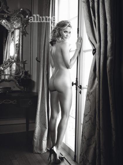 Leslie Bibb Naked