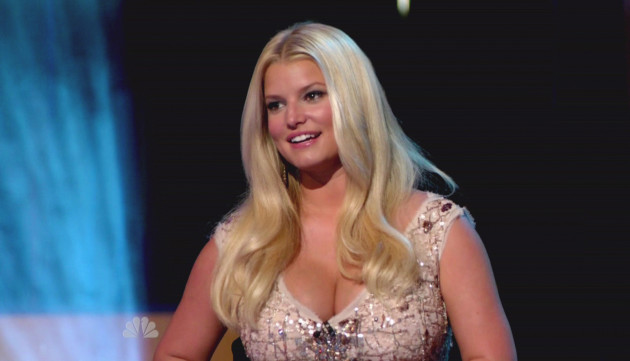 Jessica Simpson, Huge Cleavage