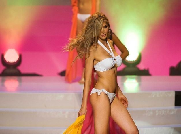 Jenna Talackova Bikini Picture