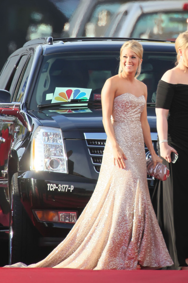 Carrie Underwood Golden Globe photo