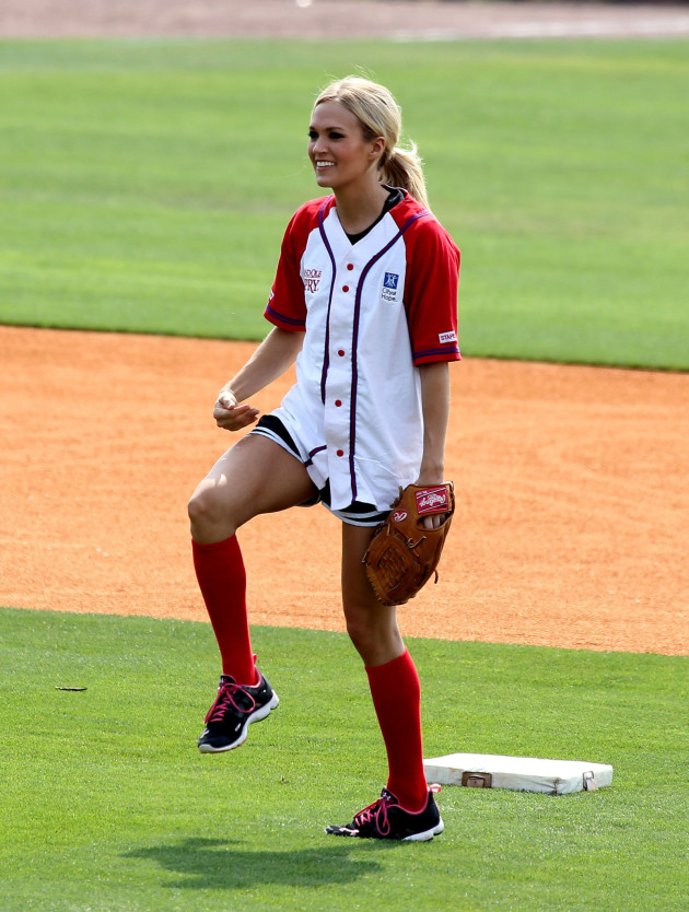 Carrie Underwood, Softball Uniform