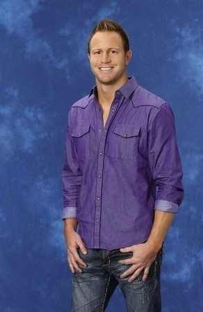 The Bachelorette, Travis